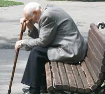 Живот старих људи Моравичког округа